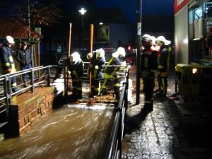 Hochwasser Hilfeleistung